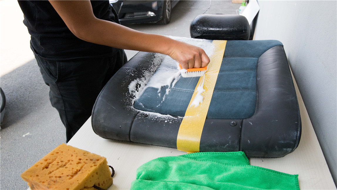 How To Clean Beds With Removable Covers02